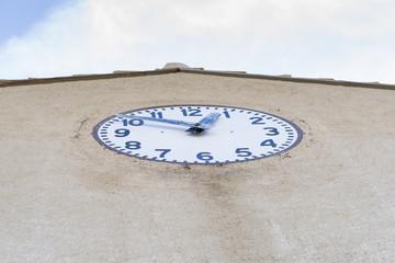 Reloj de un campanario.