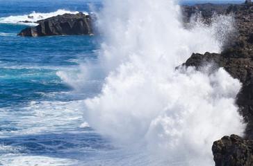 déferlante sur côte du Sud Sauvage, île Réunion