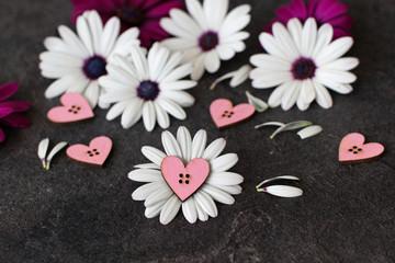 Herzen mit Blumen