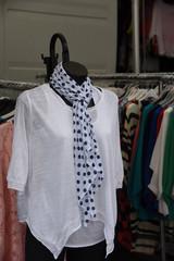vestiti manichino abbigliamento mercato
