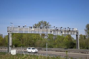 écotaxe portique autoroute