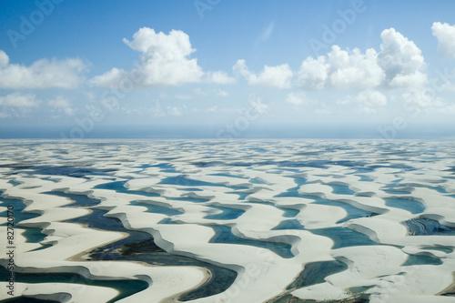 レンソイス・マラニャンセスの白い砂丘空撮