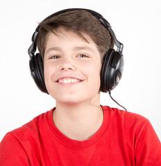 Teenager mit Kopfhörer