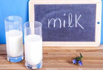 bicchieri di latte
