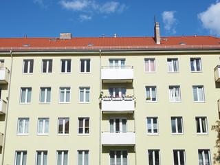saniertes DDR-Mietshaus, Berlin