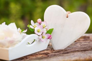 Herz und Blüten