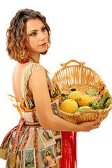 Ragazza col cesto di limoni