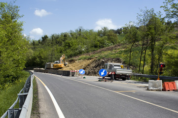 traffic disruption for landslide