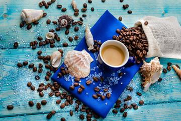 Caffè espresso , colazione al mare