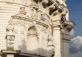 Particolare chiesa leccese barocca