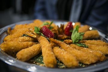 Catering / Garnelen im Teigmantel