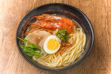えびの塩ラーメン ramen Japanese food