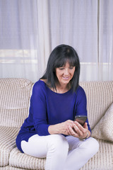 Mature Woman mobile phone query