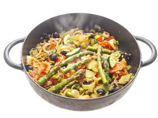 tuna with asparagus & mediterranean vegetables
