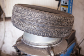 Damaged wheel repairing on the tire