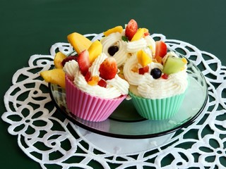 muffins with jelly,cream and fruits