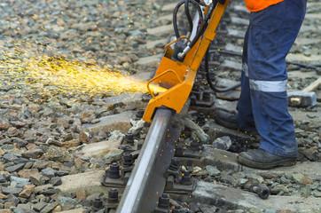 шлифовка железнодорожных рельс