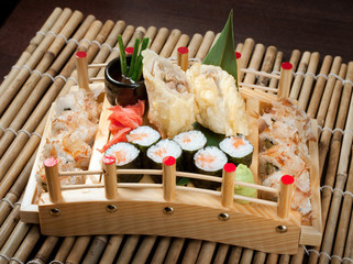Assorted sushi set