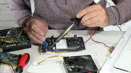 Soldering work in the computer