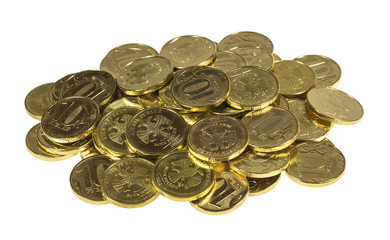 Россыпь 10 рублевых монет. Изображение изолированное.