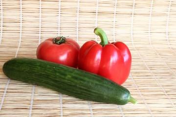 Овощи на соломе