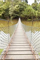 Fototapeta wiszący most w dżungli