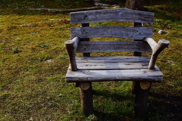 公園の椅子
