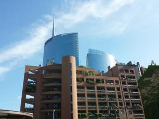 Milano: abitare all'ombra dei grattacieli