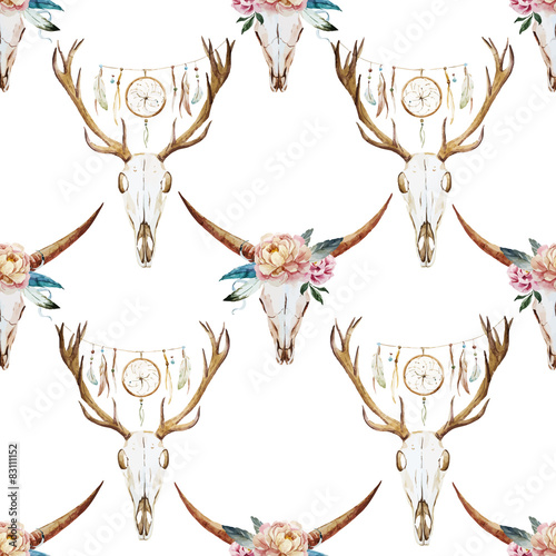 Watercolor pattern with deer head  - 83111152