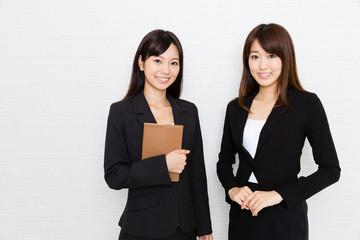 portrait of asian businesswomen