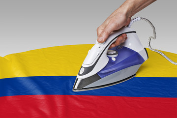 smooth out the wrinkles of Flag-Colombia