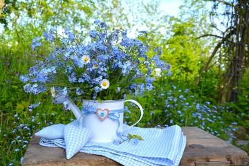 Blumenstrauß - Vergissmeinnicht mit Herzen - Glückwunschkarte