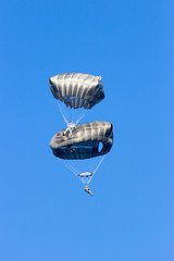 paratroopers colliding