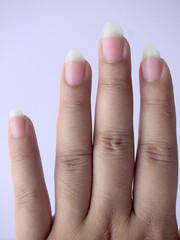 Long finger nails
