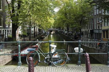 Amsterdam, Bicicletta sul ponte