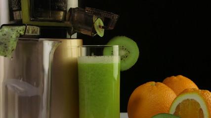 freshly squeezed fruit juice  orange  kiwi  masticating juicer