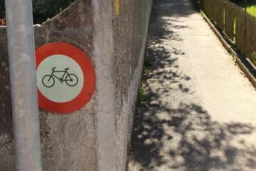 Strassenschild / Fahrrad