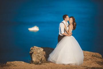 bride groom wedding day outdoors