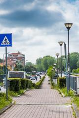 Passaggio pedonale, strada, marciapiede,
