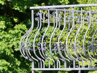 Geländer aus Schmiedeeisen an einem Balkon in Oerlinghausen