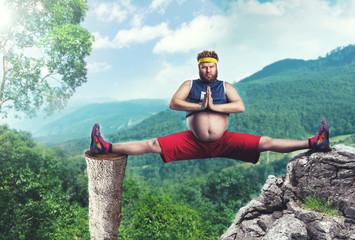Fat man does the splits