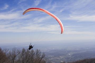 Paraglider fly