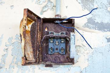 Old Fusebox