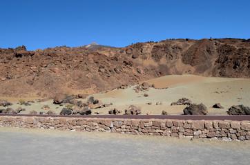 пейзаж вулканической породы на тенерифе