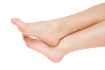 Frau erholt ihre Füße