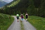 camminare correre escursione