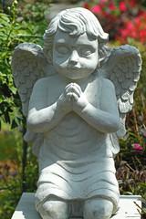 statue angle