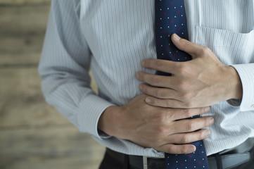 Men hurts stomach