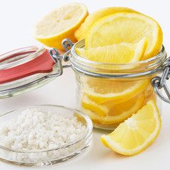 Zitronen und Salz