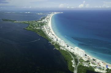Mexico, Cancun, Aerial view of Quintana Roo